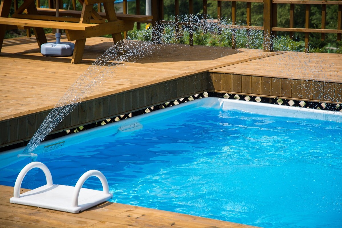 What You Need to Know About Covering Your Pool for Winter