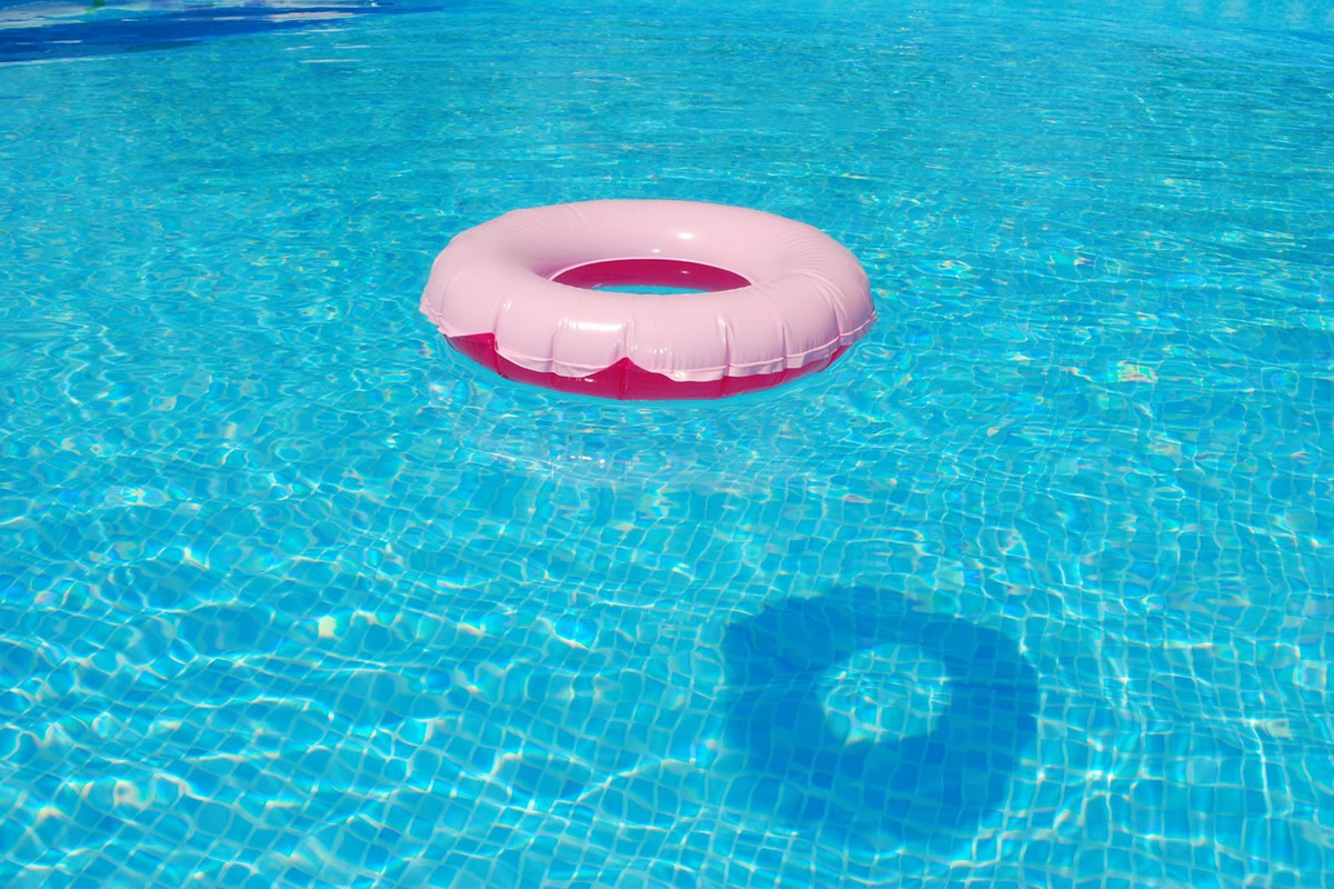 The Effects of Pollen on Your Swimming Pool