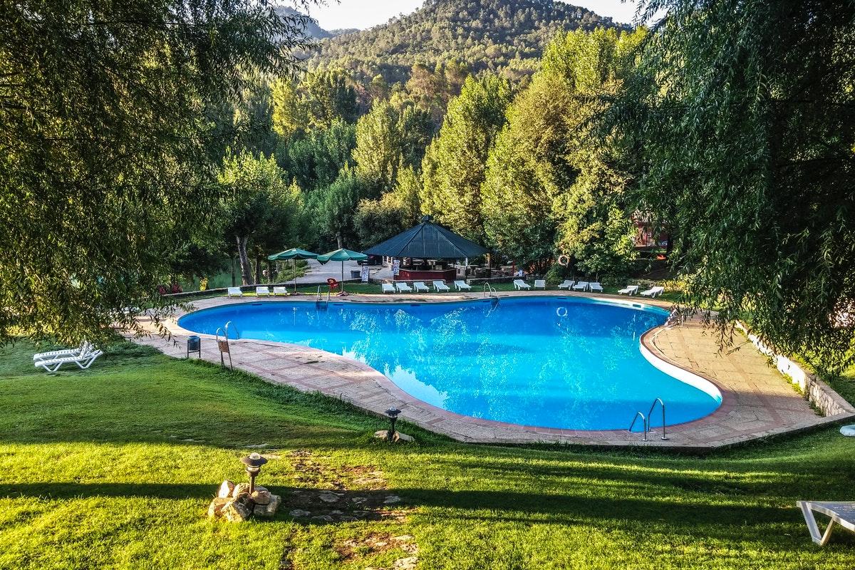 Create a Beautiful Pool Environment