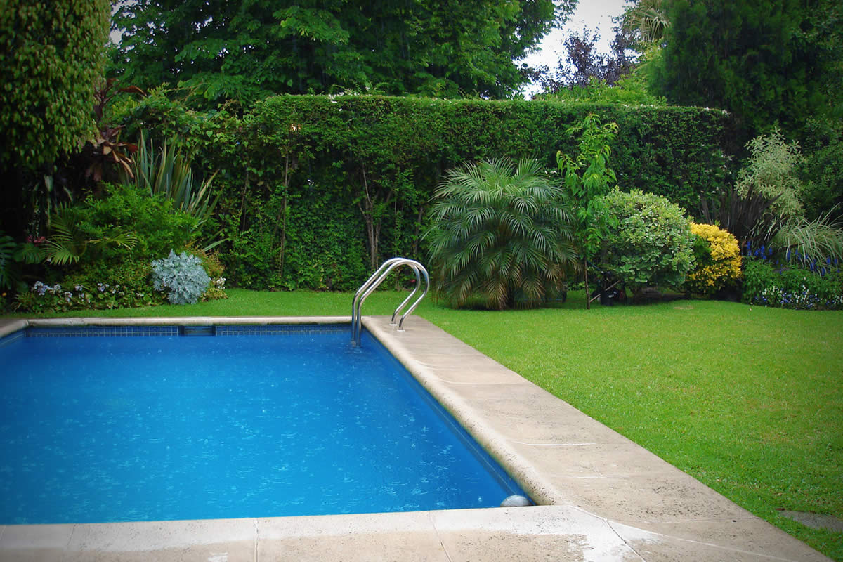 Choosing the Ideal Pool for Your Home