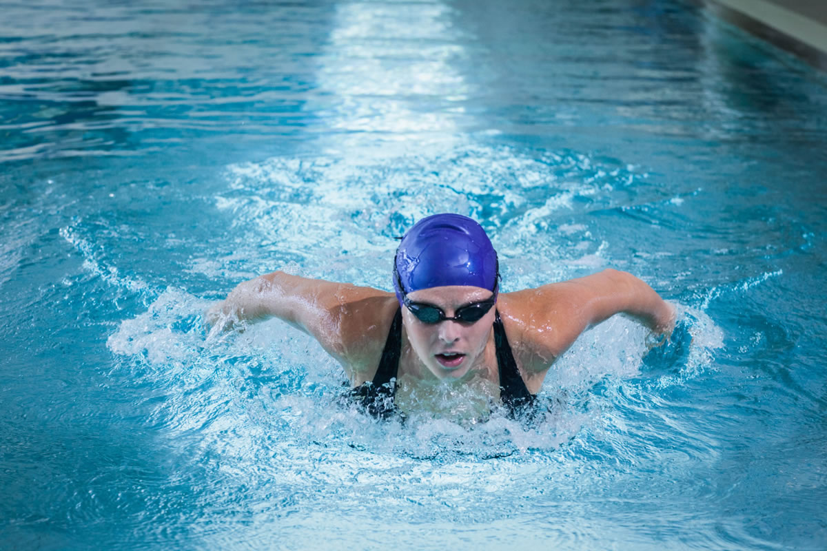 Four Mental Health Benefits of Swimming